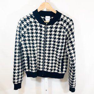 Madeleine Thompson Happy Houndstooth-Print Sweater